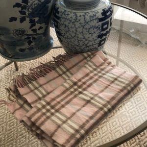 Burberry cashmere pink nova check scarf